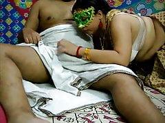 Bend Leave Velamma Bhabhi..